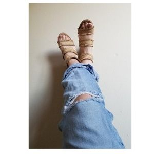 Vintage Gap distressed and destroyed denim jeans